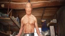 VIDEO: Kakek 72 Tahun Pecahkan Rekor Angkat Besi 122 Kg