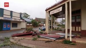 VIDEO: Australia Porak-poranda Dihantam Siklon Seroja