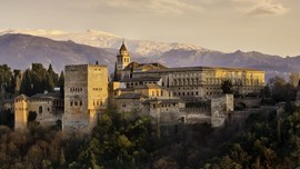 Mengenang Kegemilangan Islam di Andalusia