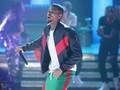 Pesta Besar di Rumah Chris Brown Dibubarkan Polisi