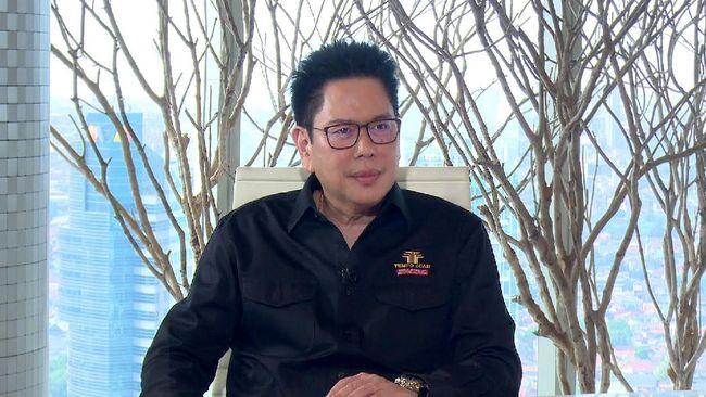 Selama 25 tahun memimpin sebagai CEO Tempo Scan, Handojo Selamet Muljadi tetap setia kepada core businesses.