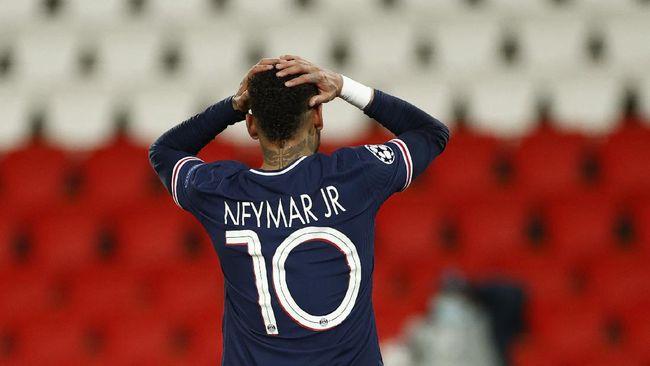 Bintang asal Brasil Neymar dikabarkan memutuskan bertahan di Paris Saint-Germain (PSG) pada musim depan.
