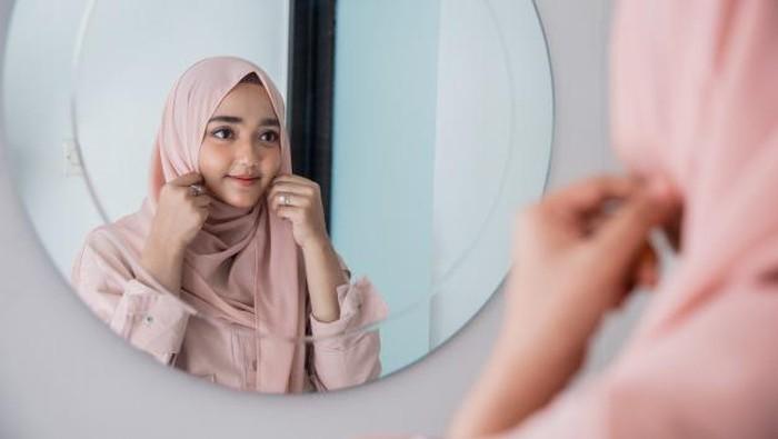 5 Kandungan Bahan Skincare untuk Menghidrasi Kulit Selama Puasa