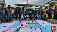 Ratusan Wartawan Demo Bobby soal Liputan Dihalangi Paspampres