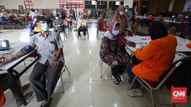 Kementerian Kesehatan menyatakan kegiatan vaksinasi covid-19 bakal dihentikan sementara pada masa libur hari raya Idul Fitri 144 Hijriah.