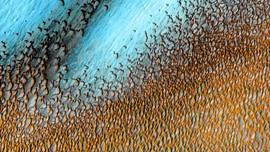 Alasan Gurun Planet Mars Berwarna Biru
