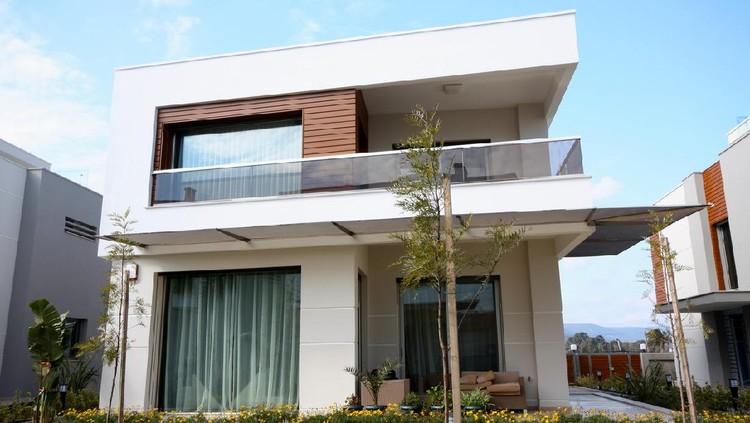 Luxury holiday villas.