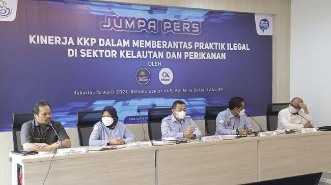 KKP menunjukkan ketegasan dan tak kenal kompromi terhadap praktik ilegal di sektor kelautan dan perikanan yang terjadi di wilayah perairan Indonesia.
