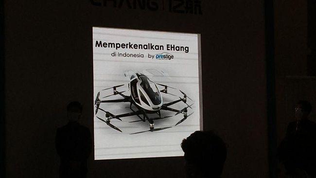 Mobil terbang E-Hang bisa menampung 2 orang dan bergerak dengan kecepatan 135 km/jam.