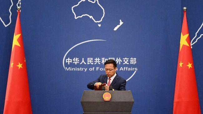 Juru bicara Kemlu China, Zhao Lijian, menantang Wakil Perdana Menteri Jepang, Taro Aso, untuk meminum limbah tercemar radiasi dari situs nuklir Fukushima.
