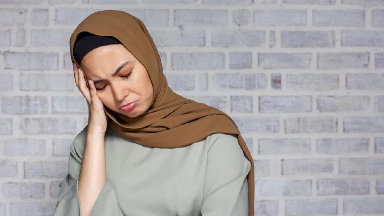 Ilustrasi wanita sedih