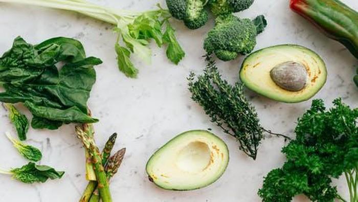 5 Makanan yang Bantu Detoks Tubuh Saat Puasa, Jadikan Menu Sahur dan Berbuka!