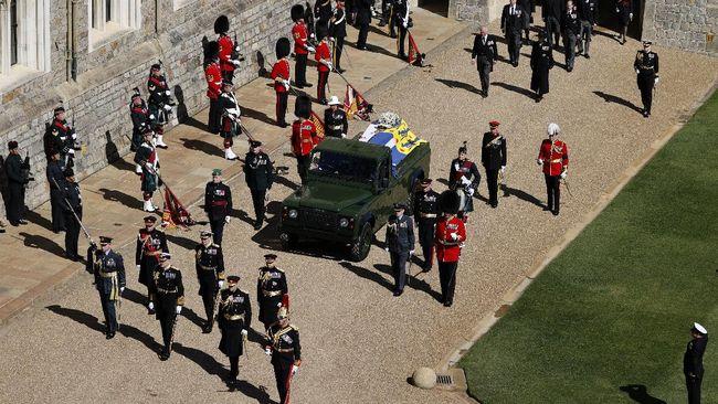 Kerajaan Inggris memulai prosesi pengantaran Pangeran Philip ke tempat peristirahatan terakhir.