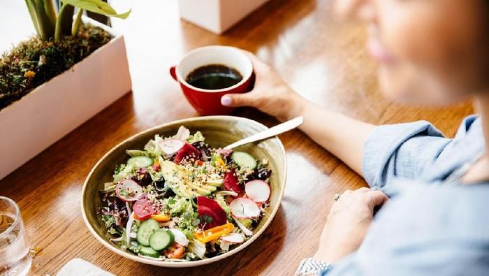 Lakukan Ini Biar Kamu Gak Malas Makan Saat Sahur