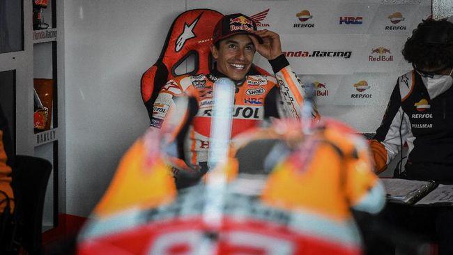 Pembalap Honda Marc Marquez mengaku dimarahi ibunya karena menangis usai MotoGP Portugal 2021 akhir pekan lalu.