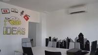 <p>Tak hanya itu, di dalam rumah mereka juga terdapat ruang kerja khusus tim The Sungkars Family. Zaskia dan Irwansyah berharap ruang tersebut dapat membuat semua pegawainya merasa nyaman dan bisa bekerja dengan maksimal. (Foto: YouTube: The Sungkar Family)</p>