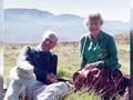 VIDEO: Ratu Elizabeth Kenang Philip dengan Foto Istimewa