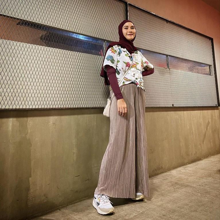 Jalani puasa, Zaskia Adya Mecca curhat berat badan nambah 1kg. Yuk kita lihat penampilannya!