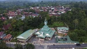 FOTO: 8 Pesona Masjid Bersejarah di Nusantara