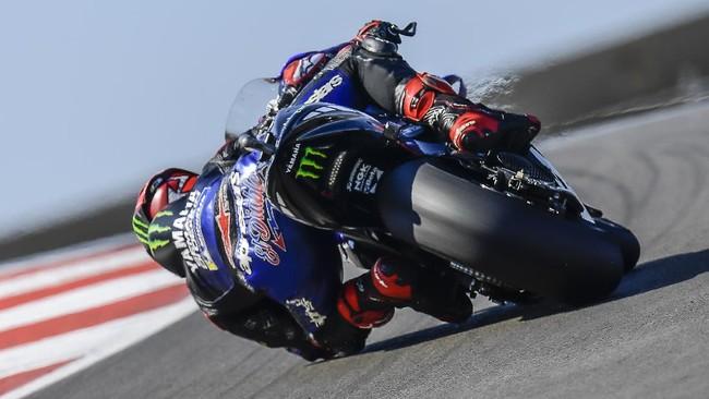 FOTO: Aksi Quartararo Rebut Pole MotoGP Portugal