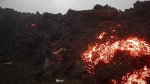 FOTO: Ironi Bahaya dan Pesona Lahar Gunung Api Guatemala