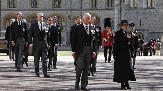 Jenazah Pangeran Philip yang wafat pada usia 99 tahun dikebumikan di Royal Vault, Kapel St George, Kastil Windsor, Inggris.
