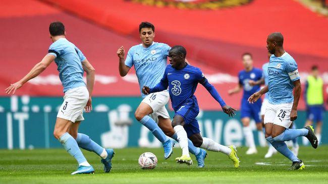 Chelsea menang 1-0 atas Manchester City pada semifinal Piala FA di Stadion Wembley, London, Sabtu (17/4).
