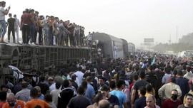 FOTO: Dua Kecelakaan Maut Kereta Api di Mesir