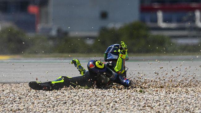 Direktur Petronas Yamaha Razlan Razali mengungkap target ambisius di MotoGP 2021 yaitu juara dunia bersama Valentino Rossi.