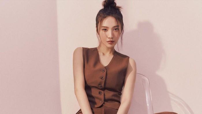 Cocok untuk Remaja, Inspirasi 7 Outfit Joy 'Red Velvet' Khas Remaja Kaya