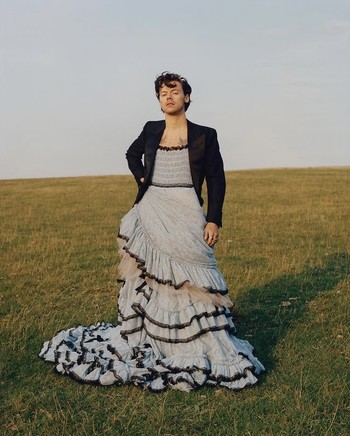 Aktor The Perks of Being a Wallflower, Ezra Miller, dalam photoshoot bersama GQ Magazine. Foto: gq.com