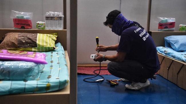 Pemerintah Thailand mengubah sejumlah tempat di Bangkok menjadi rumah sakit darurat virus corona.