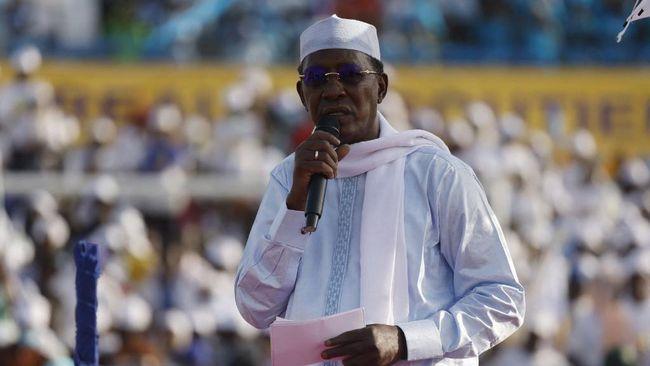 Setelah 30 tahun berkuasa, Presiden Chad, Idriss Deby Itno, meninggal dunia, Selasa (20/4), akibat luka setelah perang melawan pemberontak akhir pekan lalu.