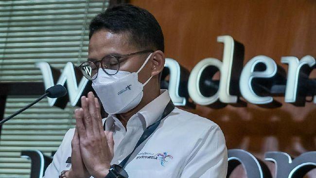Sandiaga Uno melontarkan candaan di acara KPI bahwa teknologi bisa membungkam menteri, bukan hanya mahasiswa.