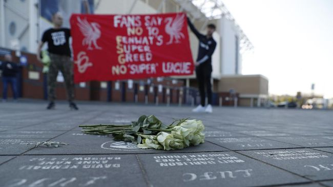Beberapa pemain Liverpool, termasuk sang kapten Jordan Henderson menyuarakan satu pendapat bersama para pemain The Reds mengenai European Super League.