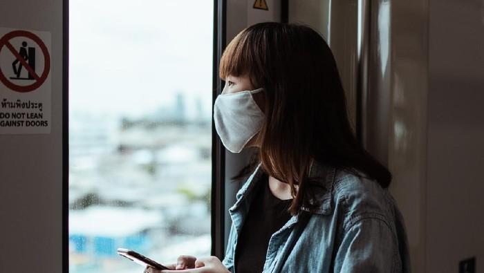 Wajah Mulus Tanpa Jerawat Meski Pake Masker Setiap Hari? Ini 5 Rahasianya!