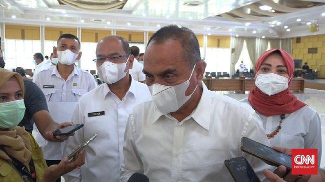 Gubernur Sumatera Utara Edy Rahmayadi menghubungi Komisaris Utama PT Pertamina (Persero) Basuki Tjahaja Purnama (Ahok) untuk menanyakan soal kenaikan BBM.