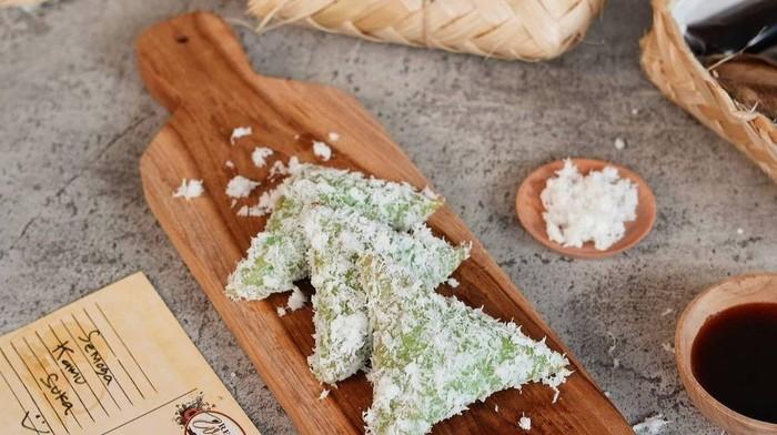 Jajanan Tradisional: Resep Kue Lupis, Simple dan Legit Banget!