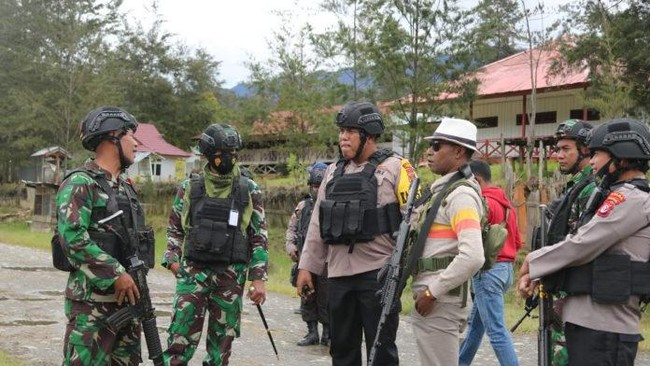 Sebulan, Aparat Klaim Tembak 15 KKB di Puncak Papua