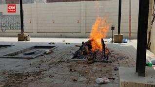 VIDEO: Krematorium India Kewalahan Urus Jenazah Covid