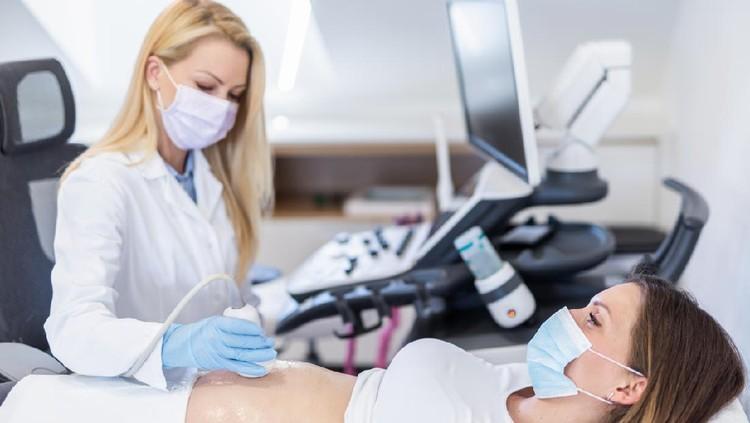 Ilustrasi USG kehamilan