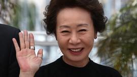 Youn Yuh-jung 'Nenek' Minari Diprediksi Raih Oscar 2021