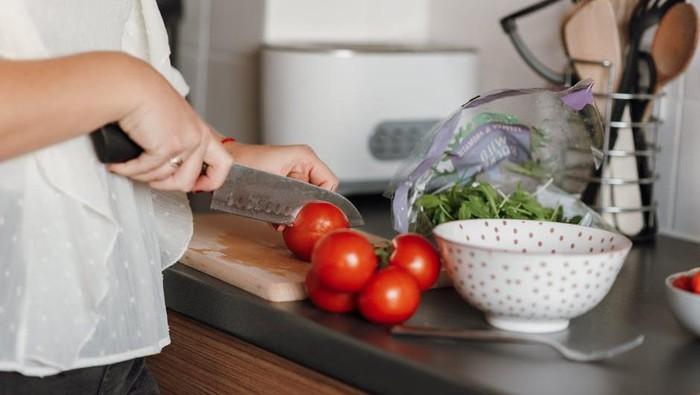 5 Tips Menyiapkan Menu Buka Puasa Bagi Ibu Bekerja, Simpel dan Gak Repot