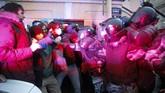 Kepolisian Rusia menangkap hampir 1.500 orang pedemo kelompok oposisi di Ibu Kota Moskow pada Rabu (21/4) kemarin.