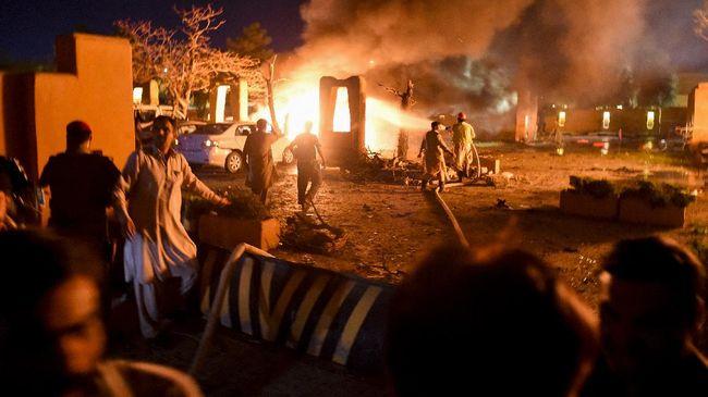 Sebanyak empat orang tewas dan 12 lainnya luka-luka dalam serangan bom mobil di Quetta, Pakistan.