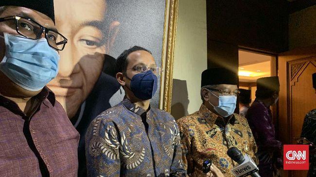 Mendikbud Nadiem Makarim meminta maaf atas kisruh akibat polemik Kamus Sejarah Indonesia Jilid II yang tidak memuat nama pendiri NU Hasyim Asy'ari.