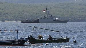 FOTO: Misi Mencari Kapal Selam KRI Nanggala yang Hilang
