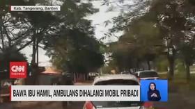 VIDEO: Bawa Ibu Hamil, Ambulans Dihalangi Mobil Pribadi