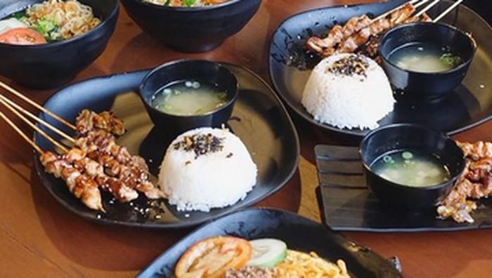 Mencicipi Aneka Rasa Indomie di Rakjat Coffee and Eatery Yogyakarta