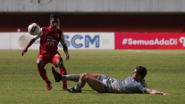 Pelatih Persib Bandung Robert Alberts mengatakan Persija Jakarta layak menang pada leg 1 final Piala Menpora 2021.